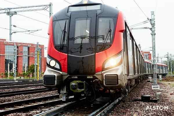 Third Rail Installation Work Started on Kanpur Metro's Priority Corridor